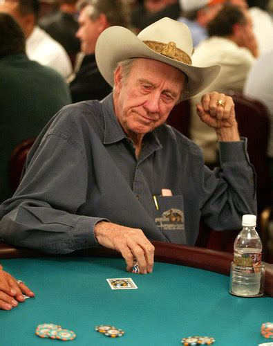 Amarillo Slim, Five-Time Poker World Series Winner, Dies