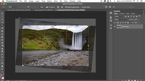 Adobe Updates Photoshop CC to Include Content Aware Cropping