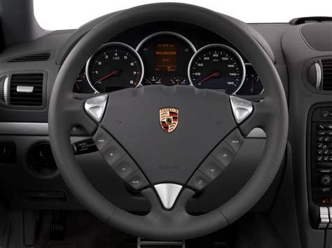 Image: 2008 Porsche Cayenne AWD 4-door S Steering Wheel
