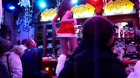 Amsterdam 'Teasers Babes & Beer' Bar ;) - YouTube