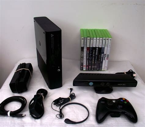 Microsoft Xbox 360 S with Kinect 250 GB Black Console (PAL