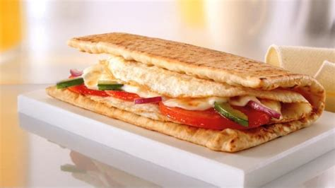 Subway: Egg and Cheese Breakfast Sandwich   Healthiest