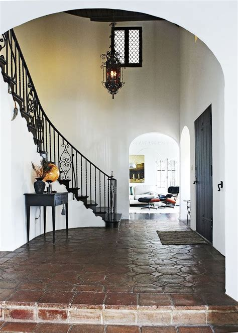 This 1920s Spanish Colonial Home Is Vintage Eclectic Done