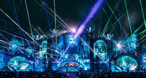 Tomorrowland announces 2020 stage hosts for winter edition