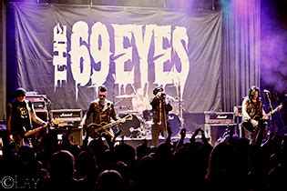 Reflections of Darkness - Music Magazine - Live Review: 69
